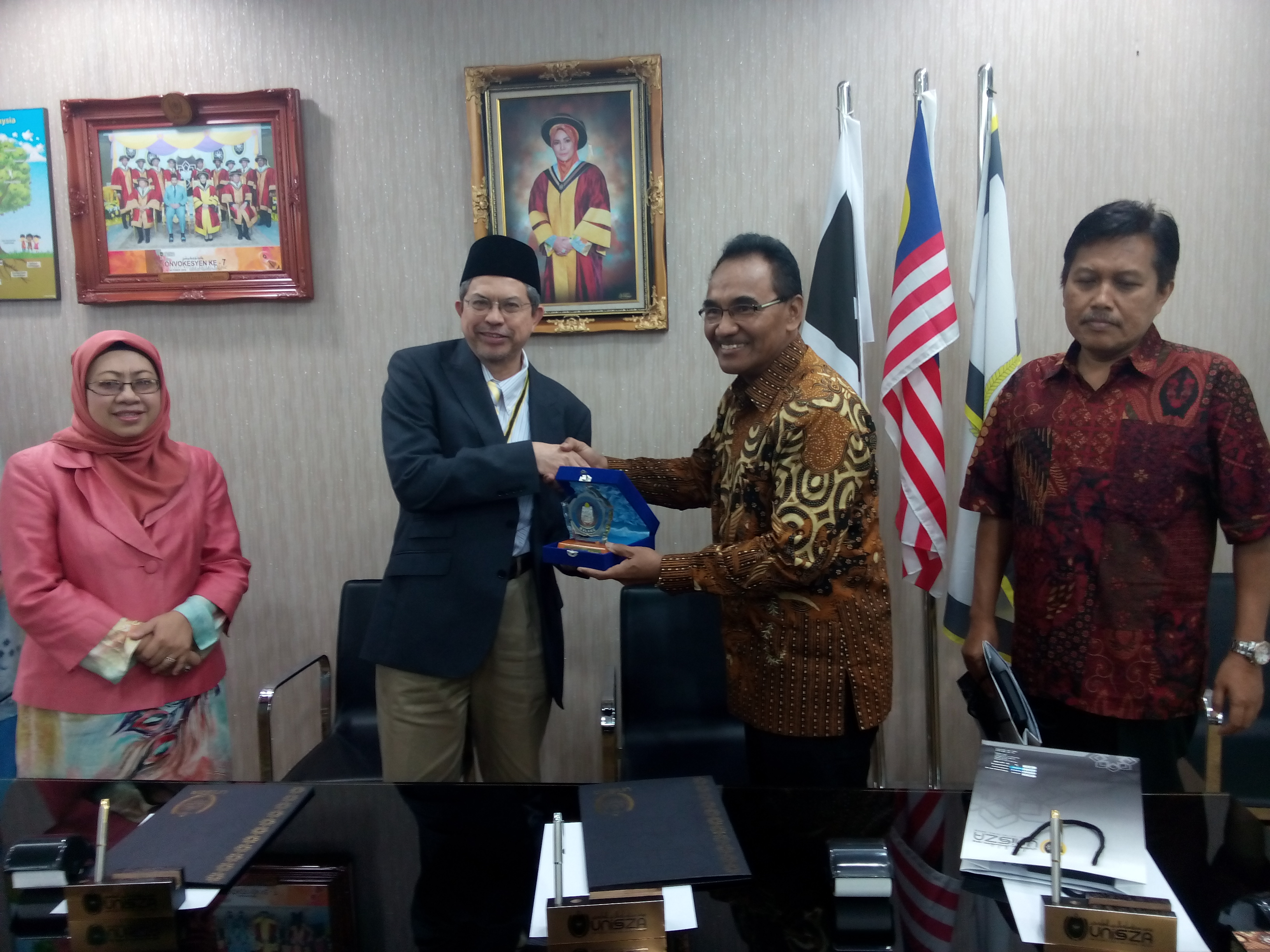 Penandatanganan MoU dengan Universitas Sultan Zainal Abidin Malaysia (23/2).